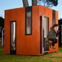 SmartPlayhouse Hobbiken Junior Playhouse