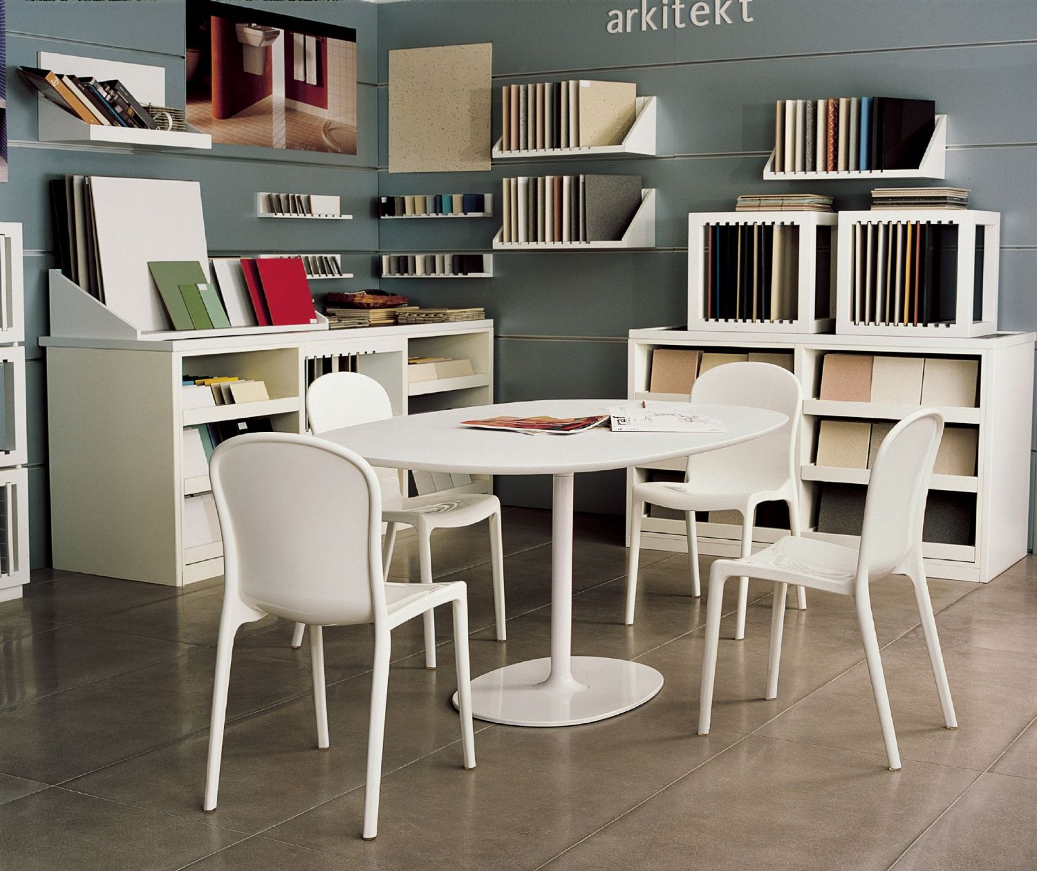 Victoria Polycarbonate Modern Dining Chair White ISP033-GWHI - 1
