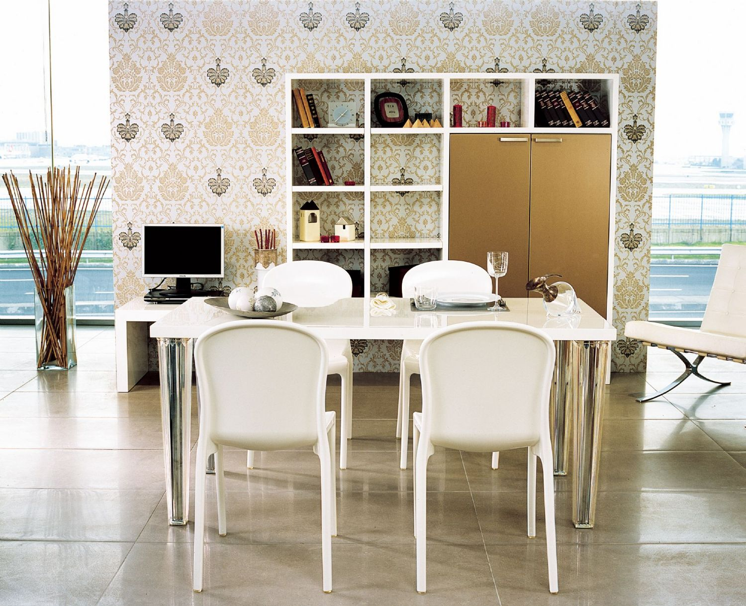 Victoria Polycarbonate Modern Dining Chair White ISP033-GWHI - 8