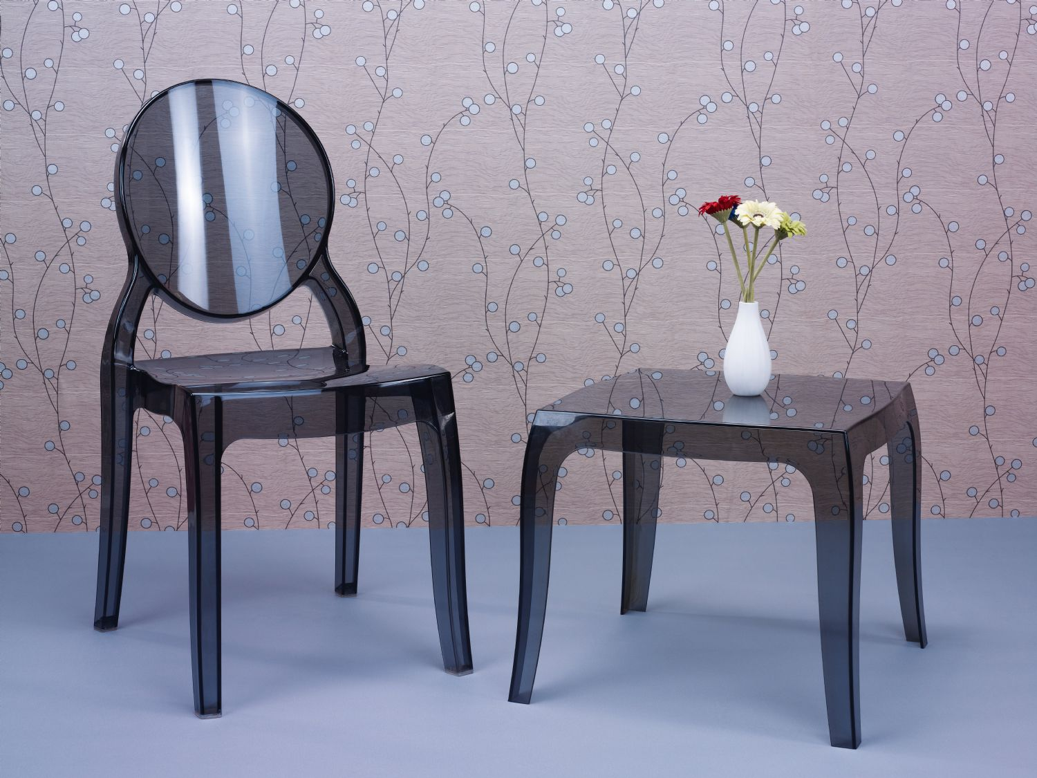 Elizabeth Polycarbonate Dining Chair Glossy Black ISP034-GBLA - 13