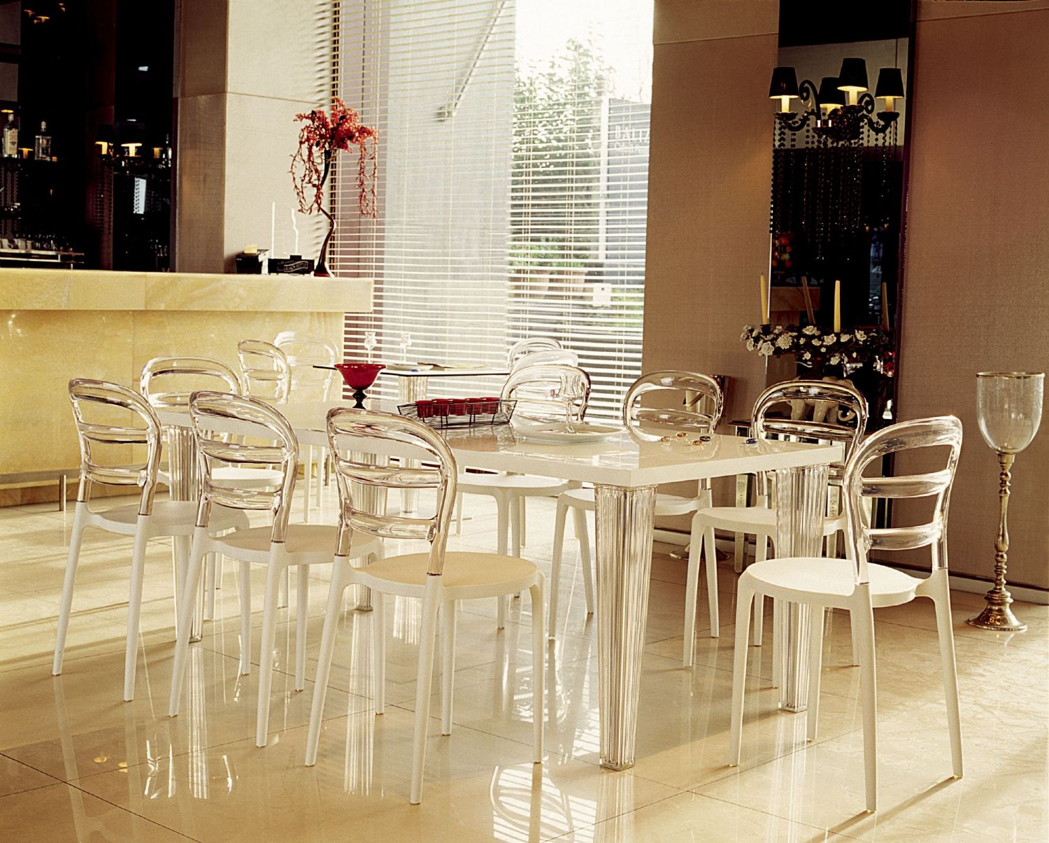 Miss Bibi Dining Chair White Red ISP055-WHI-TRED - 10