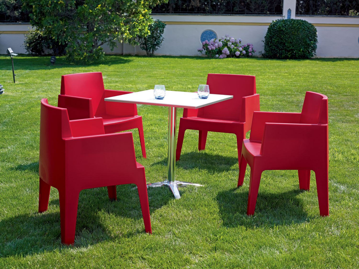 Box Outdoor Dining Chair Red ISP058-RED - 9