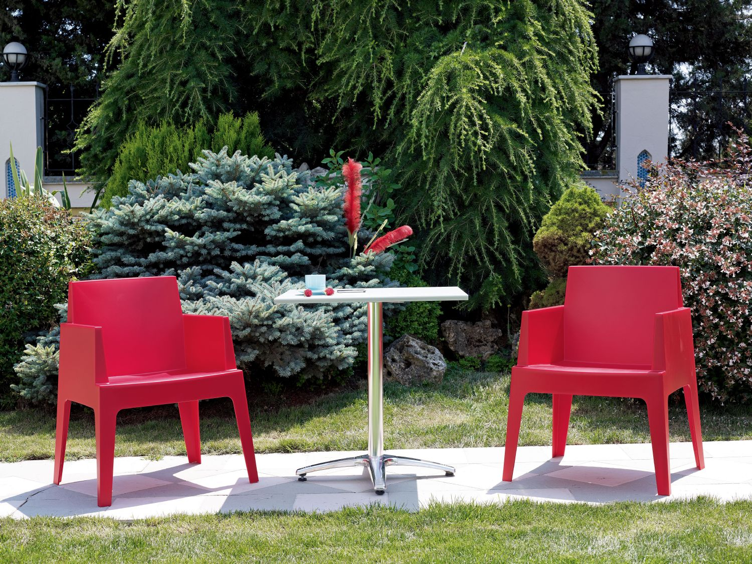 Box Outdoor Dining Chair Red ISP058-RED - 10