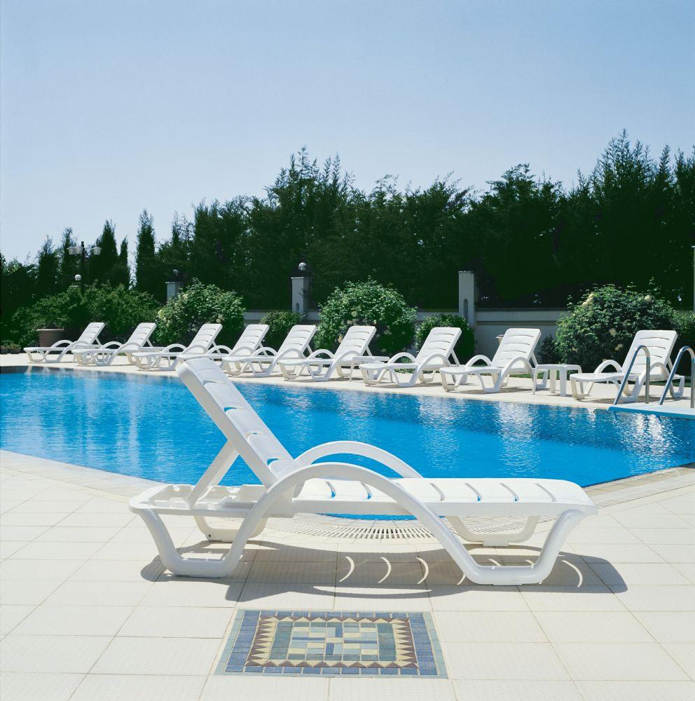 Compamia Havana Sunrise Pool Chaise Lounge With Arms